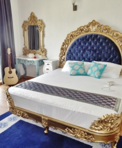 King_size_bed_signature_collection_justwooding